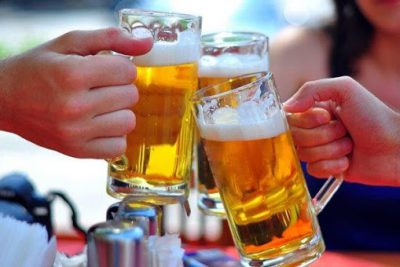 Cách chọn nhà phân phối bia hơi Hà Nội uy tín